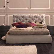итальянская кровать Collin Тessuto Diva в интерьере