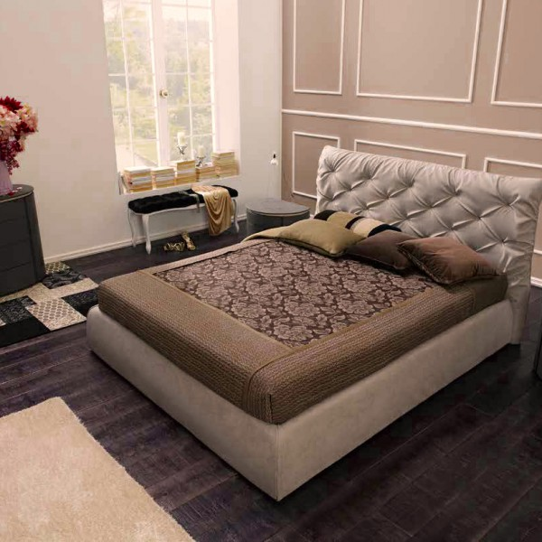 итальянская двухспальная кровать Collin Тessuto Diva