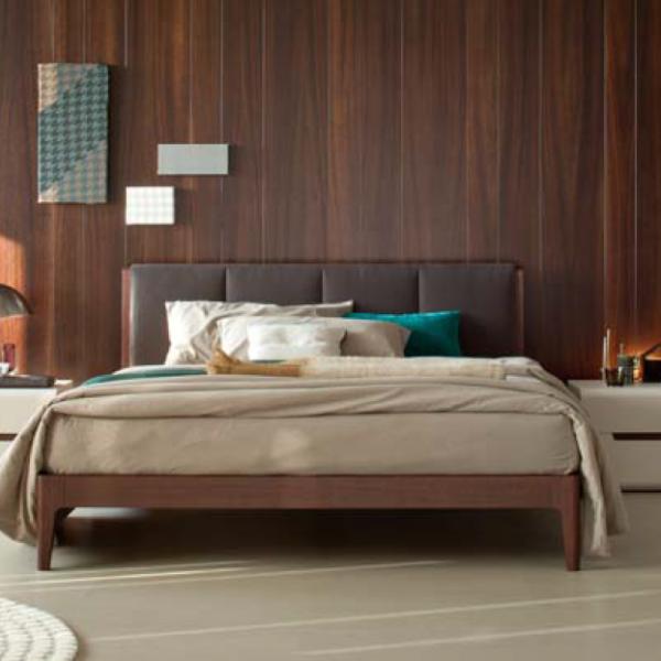 итальянская кровать дерево